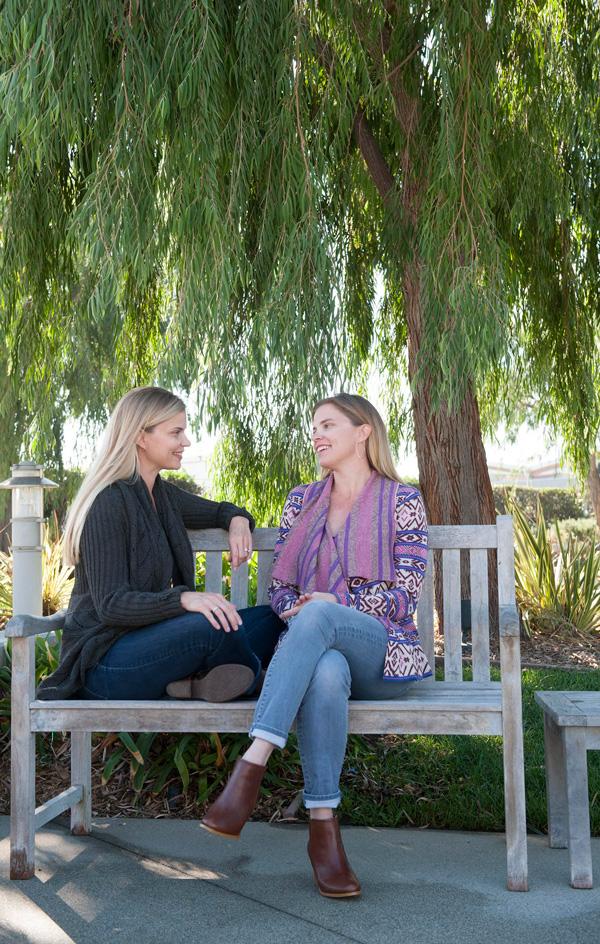 Sara and Melissa of aliceandlois.com